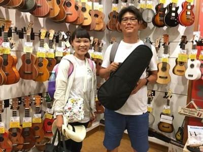 Couple-from-Hiroshima-400x300