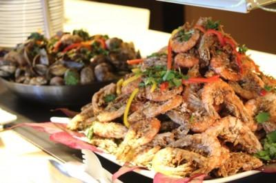 garlic shrimp at Kai Market, Hawaii