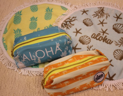 ハワイのナイアのミニラウンドマットとポーチ