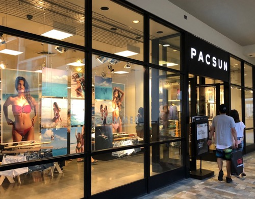 PacSun パックサン アラモアナセンター