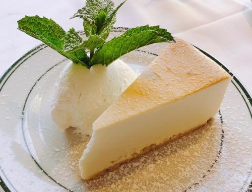 ホノルルのウルフギャング・ステーキハウスのチーズケーキ