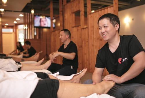 ゼン・フットマッサージ&サウナ Zen Foot Massage & Sauna
