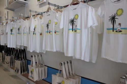 ムーミンショップ・ハワイ moomin shop hawaii  Tシャツ T shirt