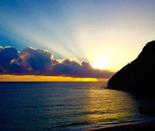waikikitrolley hawaii sunrise newyear