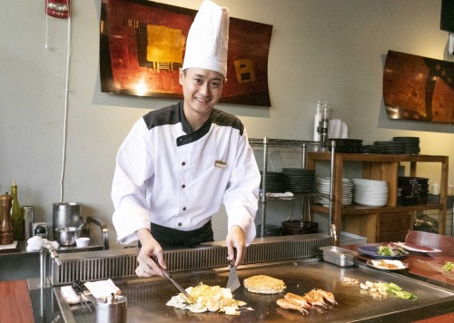 CHIBO hawaii OKONOMIYAKI waikiki Japanese restaurant2