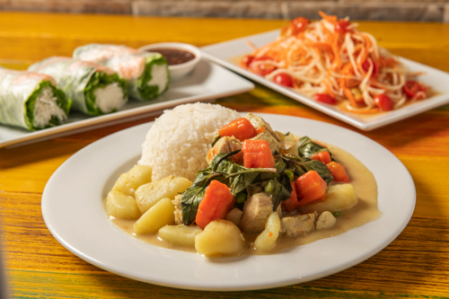 PG11-Unicorn-Cafe-Hawaii-Waikiki-Restaurant-Cafe1