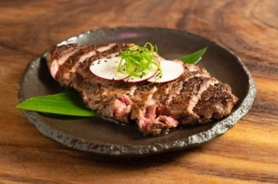 th_PG5_GrassfedRibeyeSteak_Heartmoon-Hawaii-King-Restaurant-bar-Karaoke8-400x266