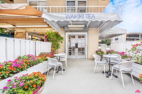 th_Waikiki_Exterior_