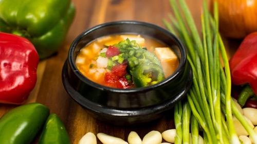 hawaii_waikiki_th_PG17_Soondooboo-soup-Gen-Korean-BBQ-house-Ala-moana-Restaurant-Korean-Food3