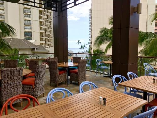 th_shore fyre hawaii waikiki kids menu international marketplace15