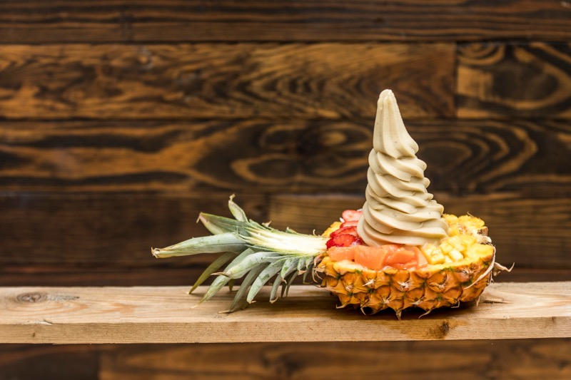 throyal hawaiian center sweets icecream cheesecake factory shave ice hawaii waikiki 1