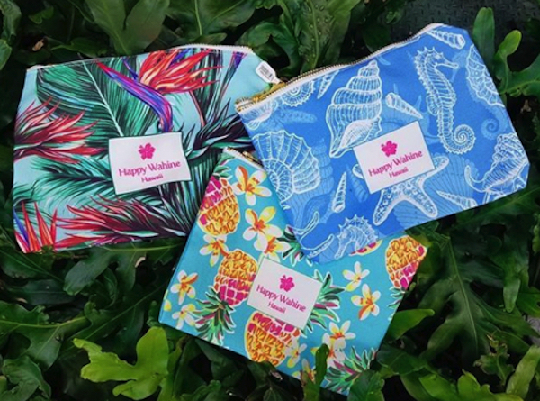 MP3-happy-wahine-set-flowers-hawaiian-design-original-purse-porch-pair-tropical-pineapple-seashell