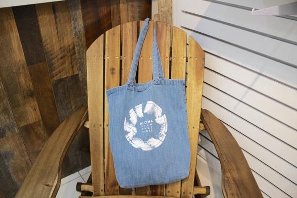 thlily and emma hawaii tote bag waikiki11