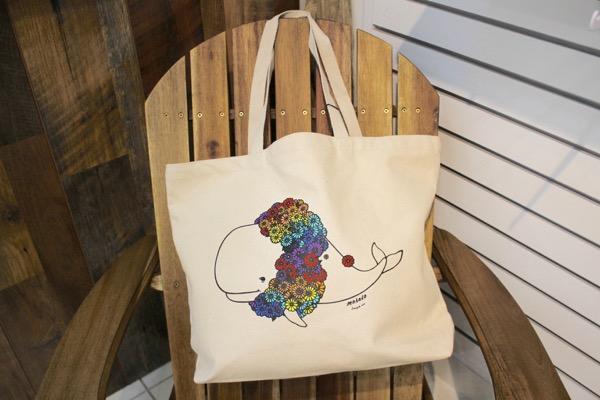 thlily and emma hawaii tote bag waikiki7