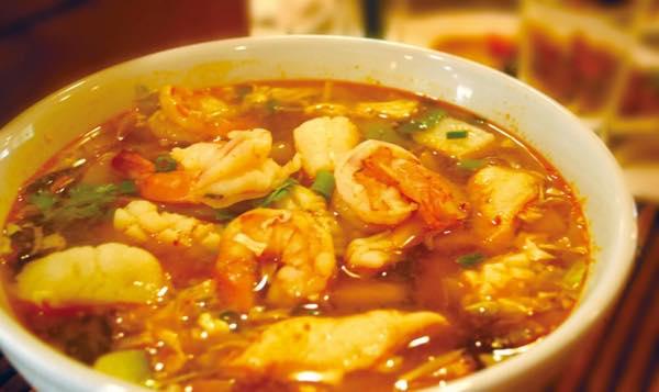 サイアムスクエア タイ料理 ワイキキ タイ