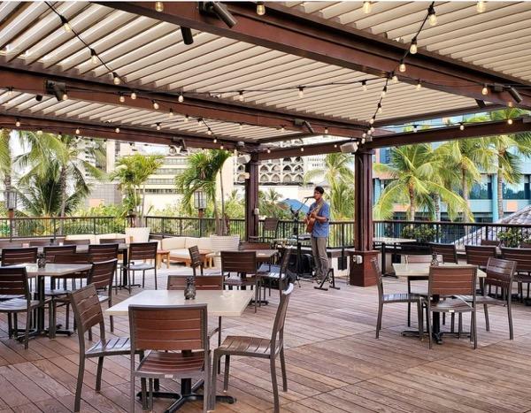 hawaii terrace table waikiki restaurant1th_